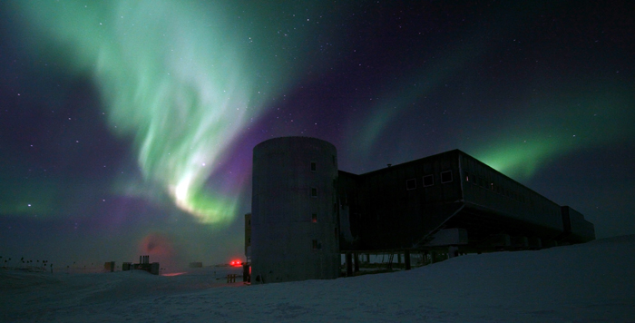 Aurora Over South Pole