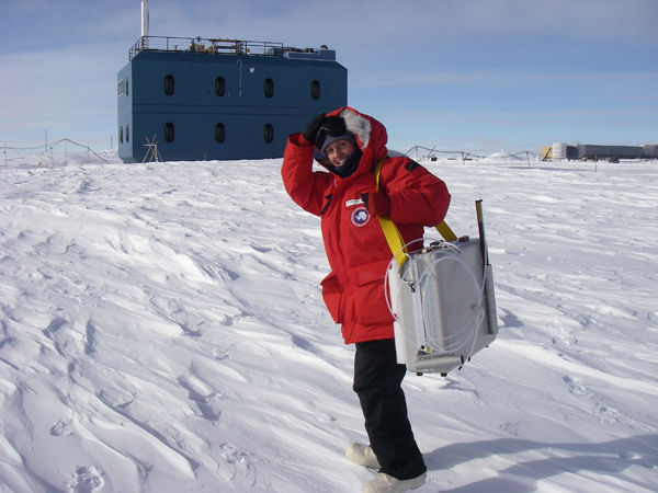 Elke Bergholz at the South Pole.