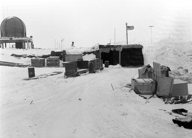Old buildings at South Pole