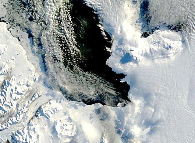 Satellite image of snow and water.