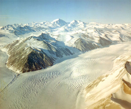 Aerial view of the Beardmore Glacier.