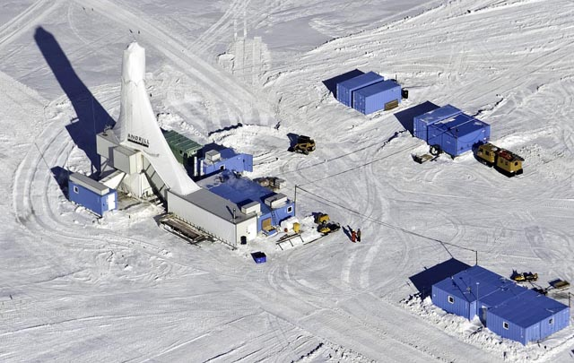 Aerial of the ANDRILL drill rig camp.