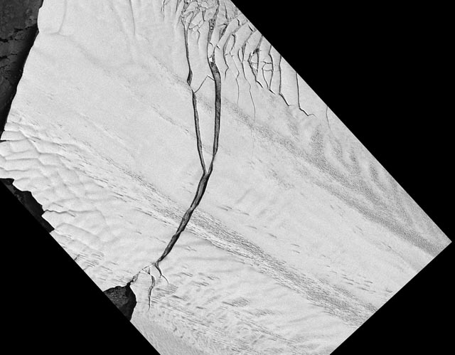 Satellite image of an ice shelf with a crack.